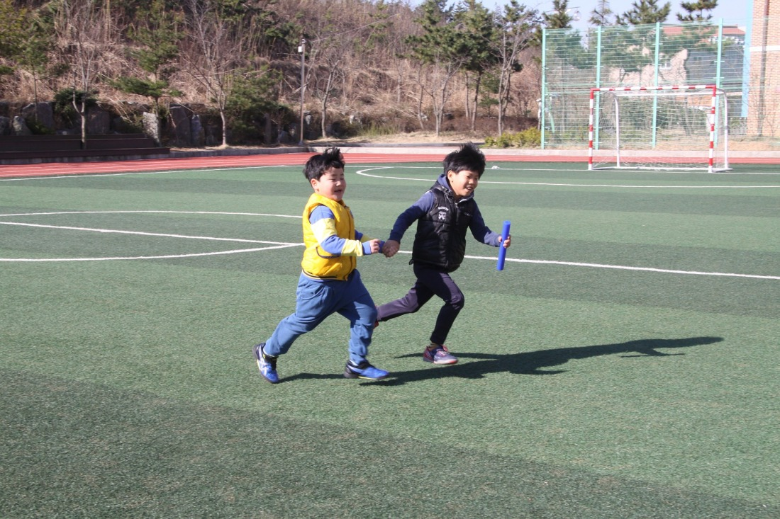 childrens-730665_1920